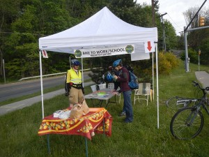 First arrivals at the West Hill breakfast station